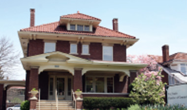 Historic house pic for Live page