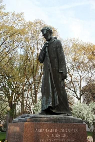 Abraham Lincoln Walks at Midnight